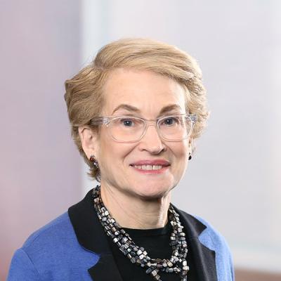 Professional Cropped Koster Martha Mintz