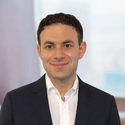 Professional Cropped Korn Adam Mintz