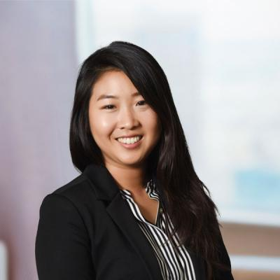 Professional Cropped Kim Jennifer Mintz